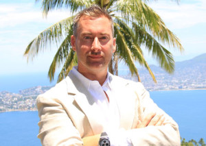 Jeff Berwick White Suit