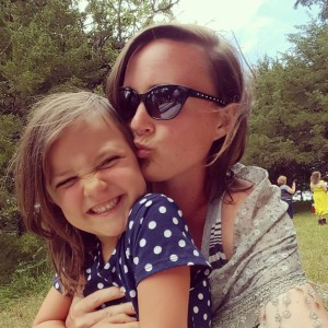 catherine-bleish-kissing-daughter